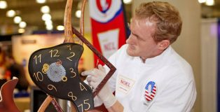 John Cook, winner US Pastry Competition 2017