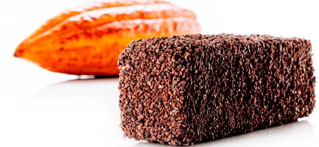 Gluten-free and lactose-free Ghana chocolate cake by Jordi Bordas