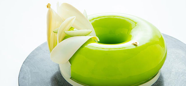 Granny Smith Apple and Asian flavors entremet by Kévin Clémenceau