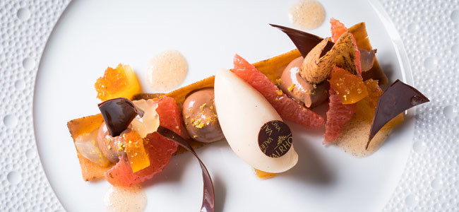 Oriado, grapefruit, and Mexican vanilla plated dessert by Nicolas Botomisy