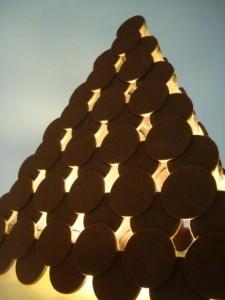 LED light pyramid