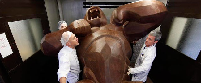 Jean-Paul Hevin's spectacular chocolate Kong surprise