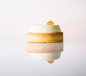 Apple and cream cheese tartalettes