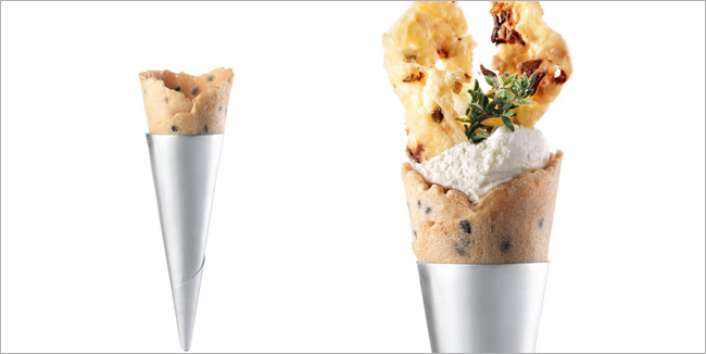 Mini Cone black sesame seeds, the new flavor of Masdeu Mini Cones