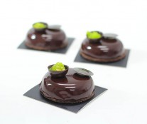 Chocolate tart by Carles Mampel