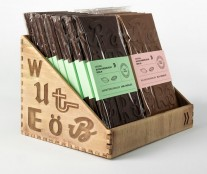 Packaging typographic chocolate