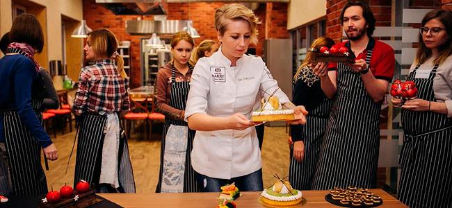 Nina Tarasova's extensive pastry tour in 2017