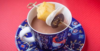 cover Almondine's hot chocolate