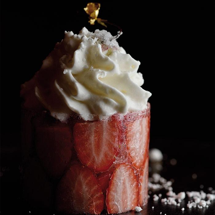 Strawberry, Fukimoto by Koto
