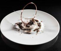 Savarin with a praliné glaze by Paco Torreblanca