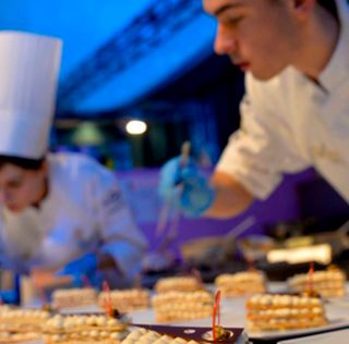 Young pastry chefs from 11 countries have an appointment at the 5th World Junior Pastry
