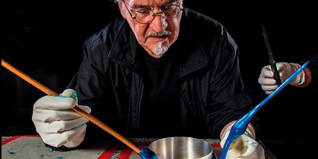 Paco Torreblanca creates an International Artistic Sugar Piece Championship