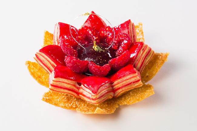 Angelo Van Toorn red lotus