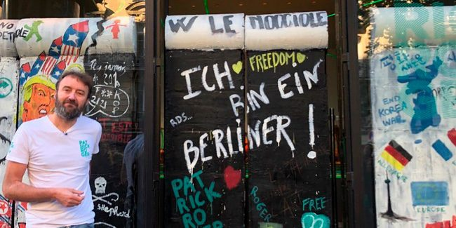 Patrick Roger celebrates 30 years of the fall of the Berlin Wall