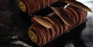 Milk Chocolate Earl Grey Caramel Orange by Yusuke Aoki