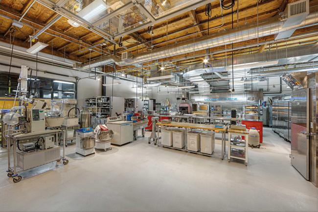 Modernist Cuisine kitchen