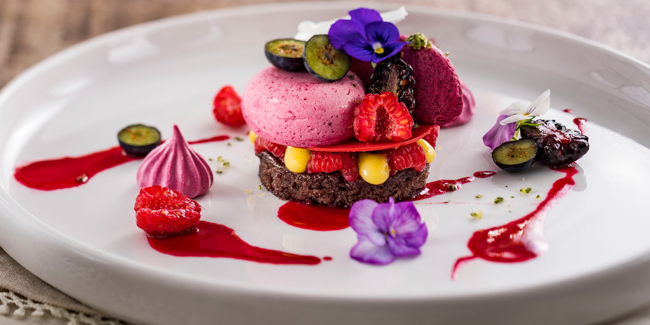 Fruit of the Forest vegan dessert with black currant and hibiscus by Stefan Riemer