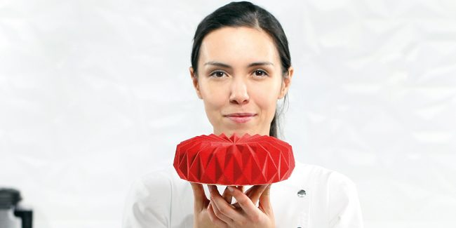 Dinara Kasko: Real art for multi-tier cakes