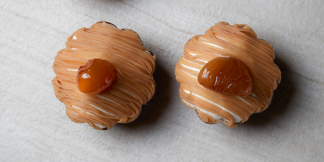 Chestnuts in pastry baskets by Cédric Grolet from his book 'Opéra'