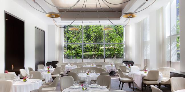 Jean-George restaurant interior view