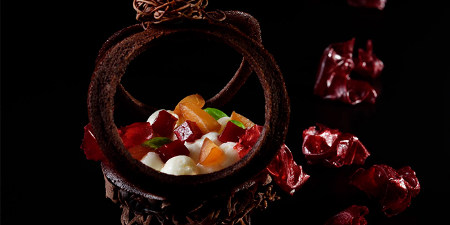 Forêt Noire with Pâte à Kadaïf, confit framboise and Cherry soaked in brandy by Masahiko Ozumi