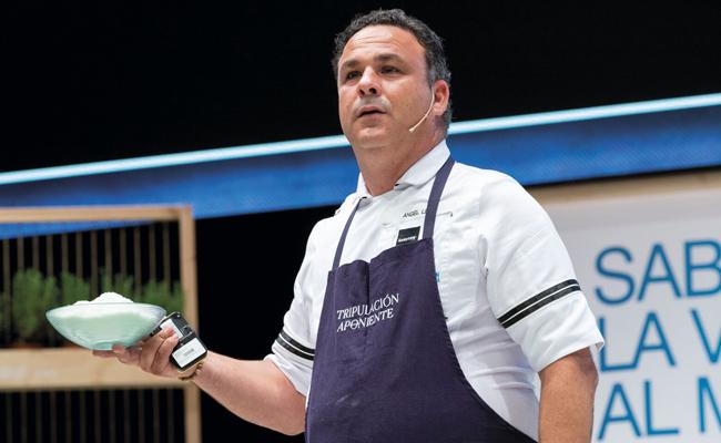 Ángel León during a masterclass