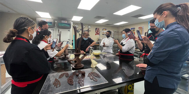 Face-to-face classes are back at l'Ecole Valrhona Brooklyn with an impressive course calendar
