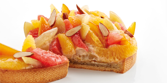 Citrus tart with orange, grapefruit and lemon by Miquel Guarro