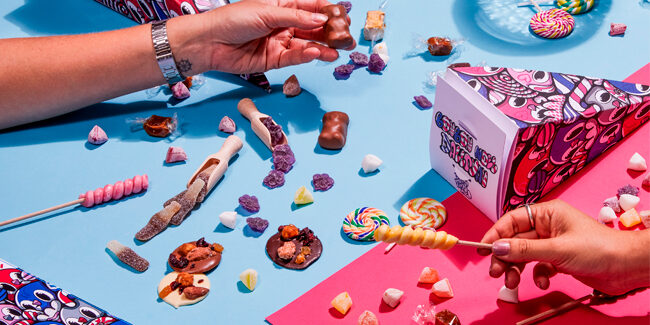 A bûche lollipop and more sweets from yesteryear, updated by Dalloyau